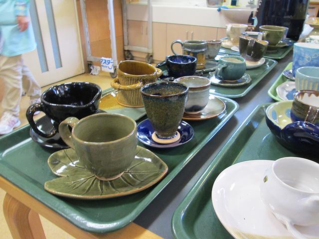 ユニバーサルデザインの陶器