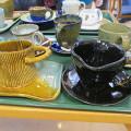 京葉学園 陶芸コースAクラスが、福祉施設のお茶会に、ユニバーサルデザインの陶芸食器でボランティアの写真