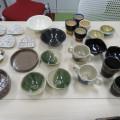 東総学園 陶芸コース地域貢献活動として施設へユニバーサルデザイン陶芸作品寄贈の写真